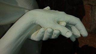 hands-683950__180