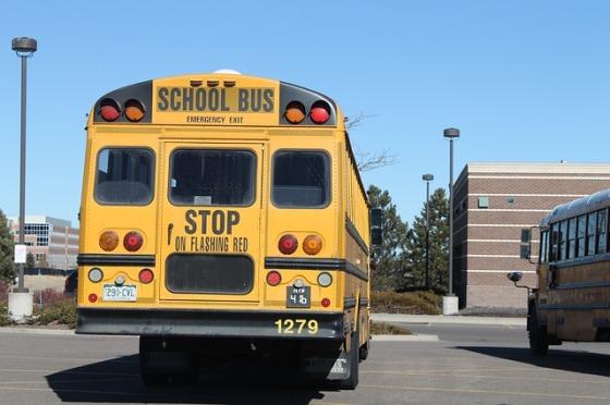 school-606084_640