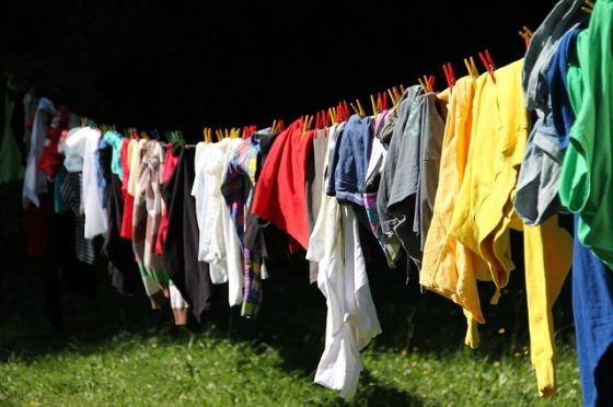 clothes-line-615962_640