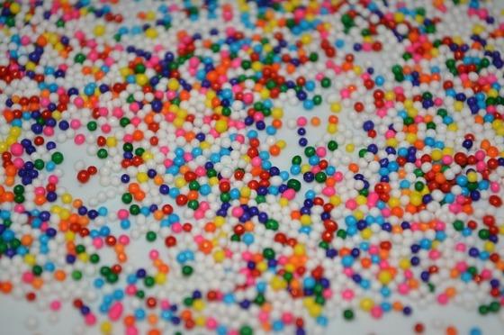 sprinkles-339270_640