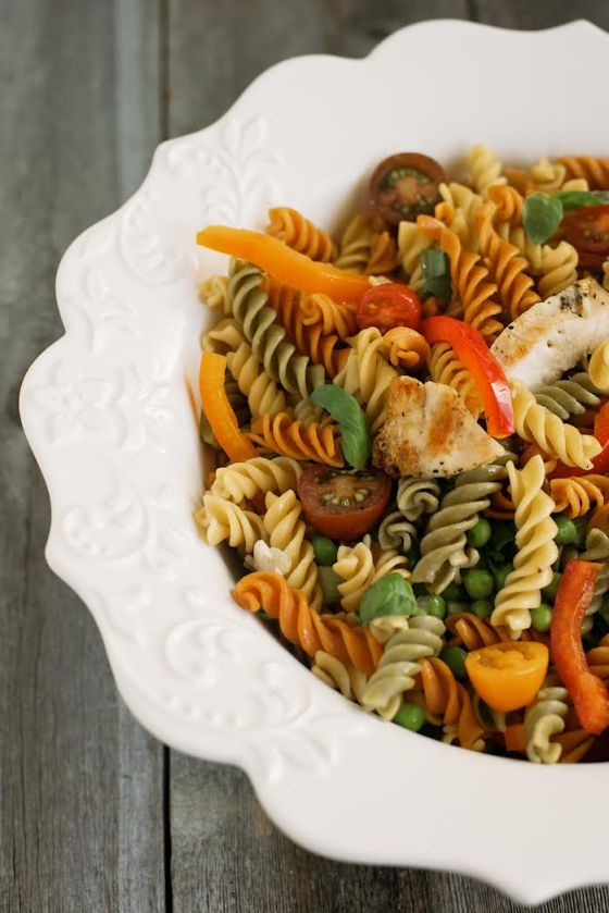 Grilled Chicken & Fresh Veggie Pasta Salad